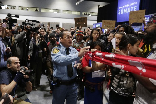 Protesters vent their anger as UN climate talks stutter