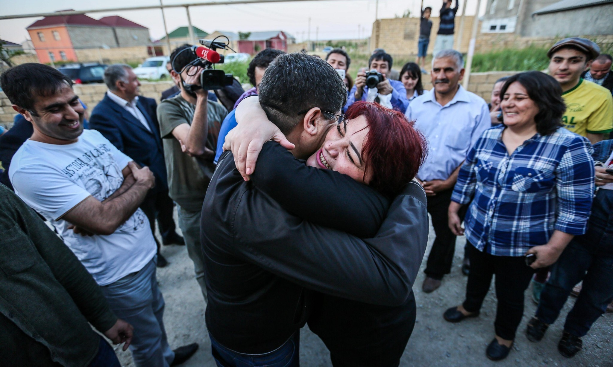 Journalist's release highlights plight of Azerbaijan's other political prisoners
