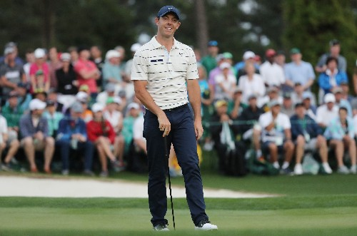 Golf: McIlroy and Oosthuizen happy to be in U.S. Open hunt