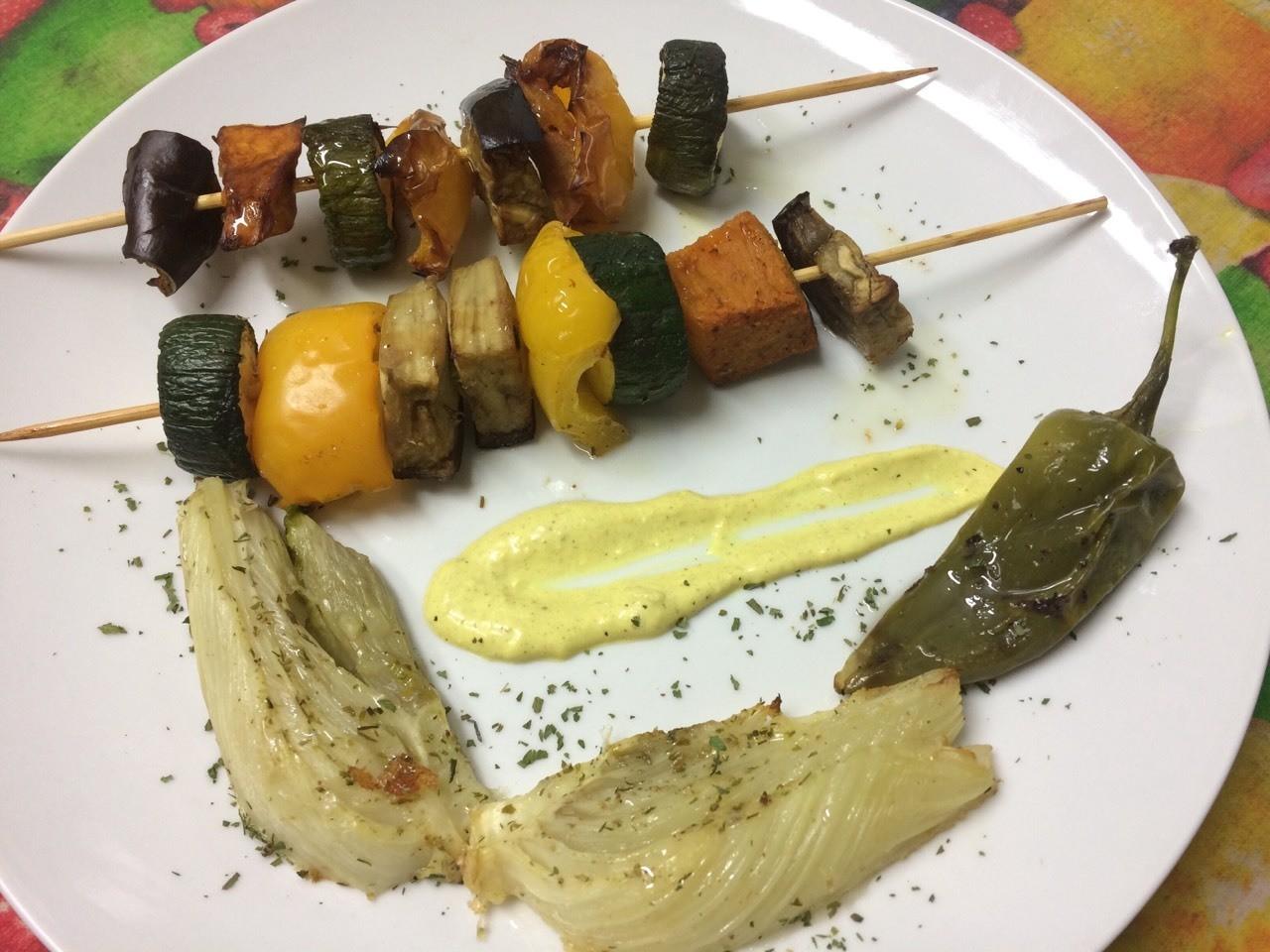 Verdurine gratinate al forno con salsa alla curcuma