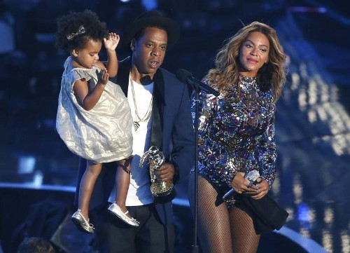 Beyonce's surprise twins announcement goes viral