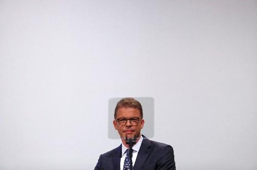 Humbled Deutsche Bank faces battle in its own backyard