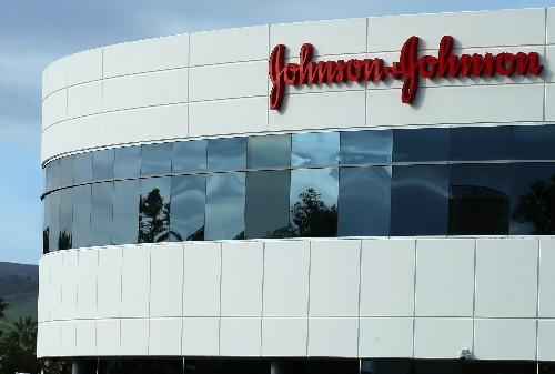USA/Talc: J&J condamné à verser 29 millions de dollars à une plaignante