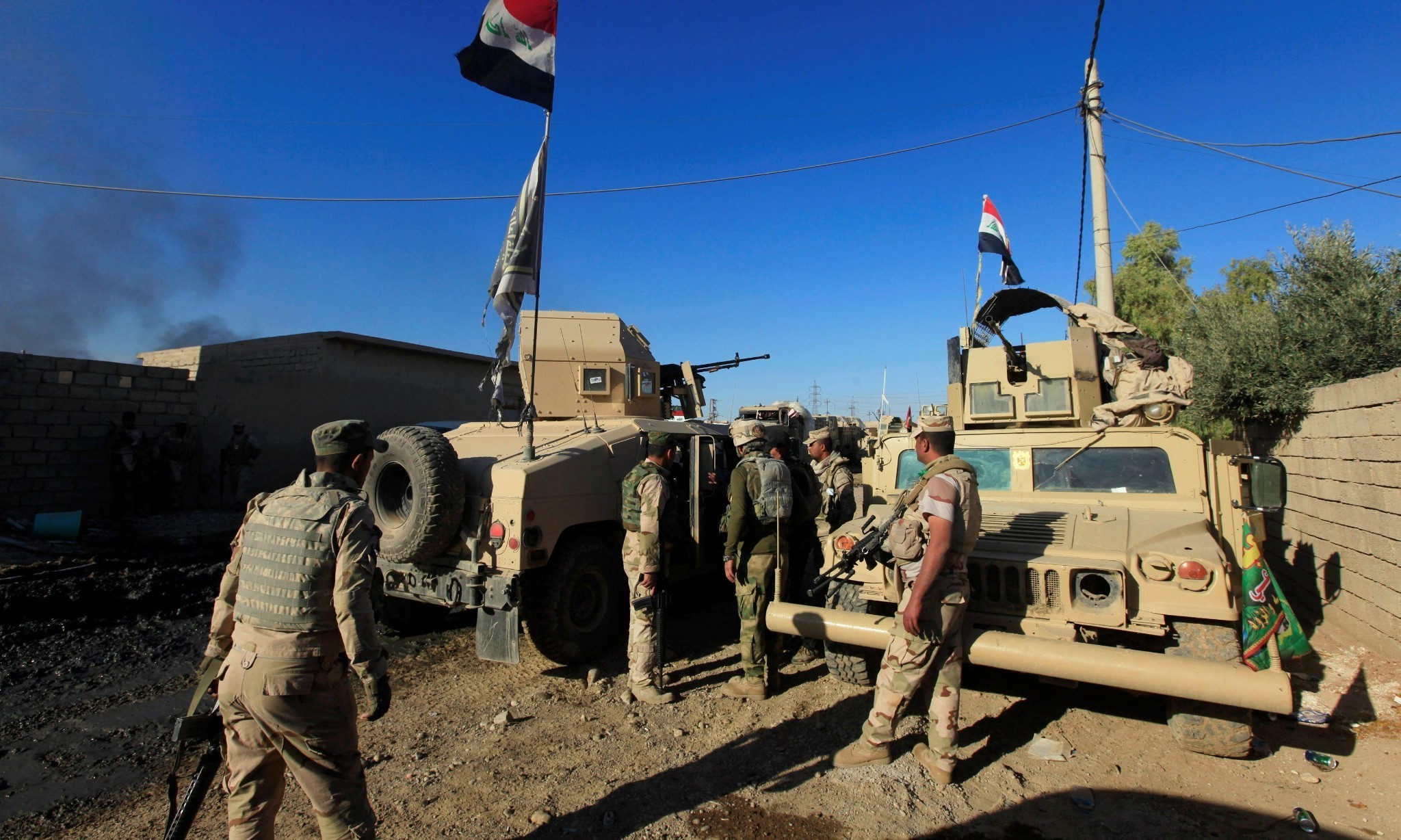 Heavy fighting in Mosul as Iraqi forces launch assault on Isis militants