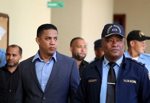 Ex-Major League Baseball player Dotel has Dominican charge dismissed, freed on bail