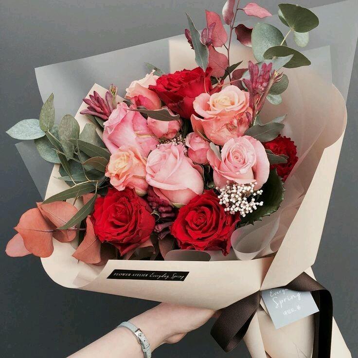 باقة ورد  flower  bouquet - Magazine cover