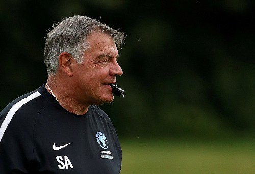 Soccer: Allardyce turns down Newcastle approach to return as manager
