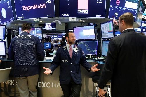 Wall Street en partie rassurée par la consommation aux USA