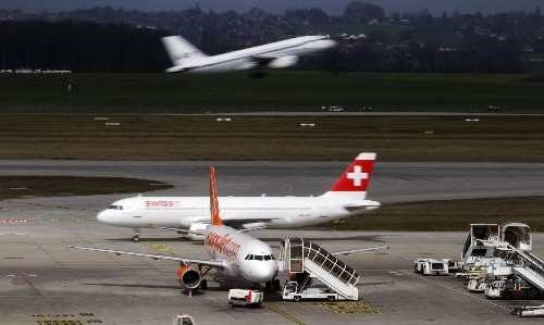 Europe falls behind US in new plans to tackle CO2 emissions from planes