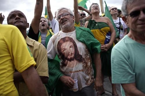 Análisis: Marchas de apoyo muestran desafíos para Bolsonaro