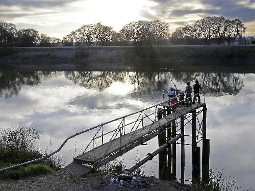California sues Trump administration to block water rules