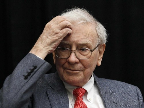 Here are the 6 things Warren Buffett considers when making an investment