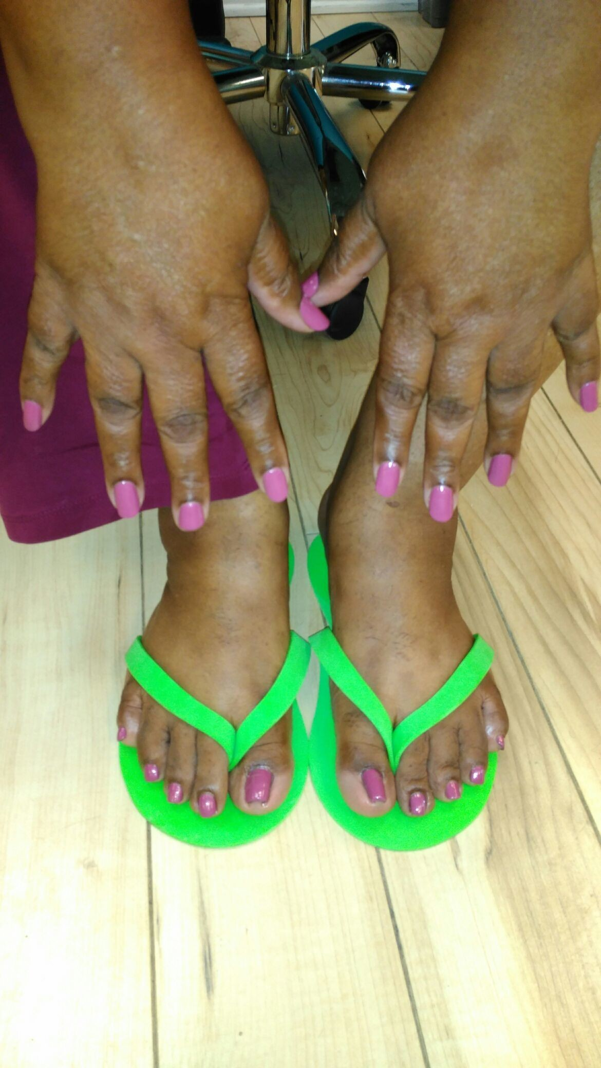 Thank u so much Ms. Donna for getting your #nails and #toes done with #ThaPolishQueen today! #ComeSeeMe #PrettyGurlsFeet #CleanBlackMasterNailTech #IDoNotRush #ITakeMyTime #UrMoneyWillBeWellSpent #UrToesMustBePerfectBeforeYouLeave #ComeExperienceMyHomemadeScrub #SpaologyNailSpa #ISupportBlackOwnedBusinesses Spaology Nail Spa & More 3000 Kavanaugh Blvd, Ste. C LR, AR 72205 To book your appointment email me @ PrettyGurlsFeet@gmail.com or call me at the salon @ 501.265.0303 or to book directly and purchase your service... Go to my website @ me on IG: @ms_beautiful_feet #ImWaitingOnYou