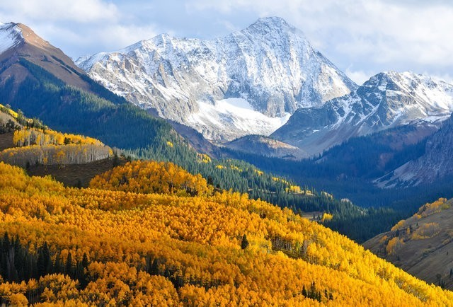 America's Best Places To See Fall Colors (That Aren't In New England)