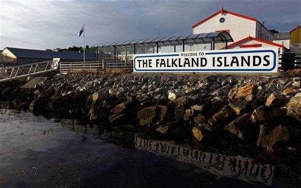 Oil and gas discovered off Falkland Islands