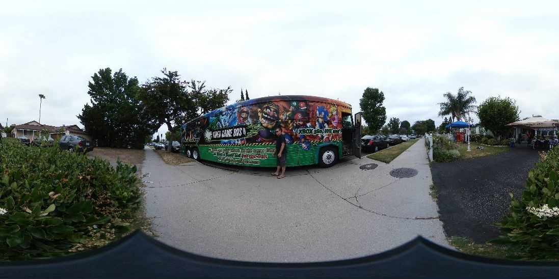Videogamebus.com 818-391-8191 book this bus for your next event