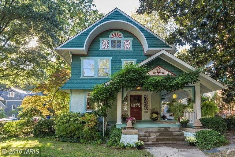 From the inside out, this Cleveland Park single-family home is gorgeous