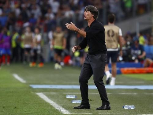 لوف مدرب ألمانيا مستمر في منصبه رغم الاحباط الأوروبي