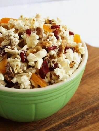 12 Portable Vegan Snacks For When Hunger Hits