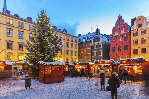 15 European Christmas Markets We Love To Love Year After Year | HuffPost Life