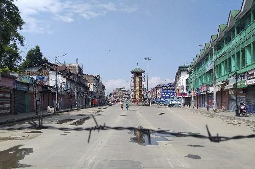 No phone calls, no groceries: Kashmir on edge under lockdown