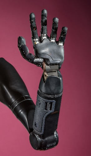 Scientists Invent a Robotic Arm That Can Feel