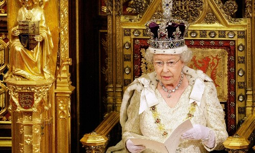 Cameron advised to go slow with new laws in Queen's Speech