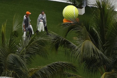 Rain again spoils Miami Open party, wiping out play