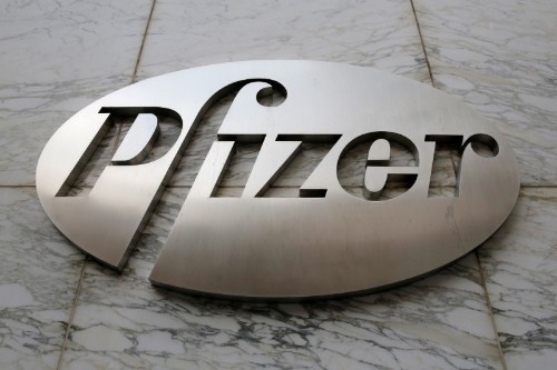 Pfizer delays drug price hikes after talking with Trump