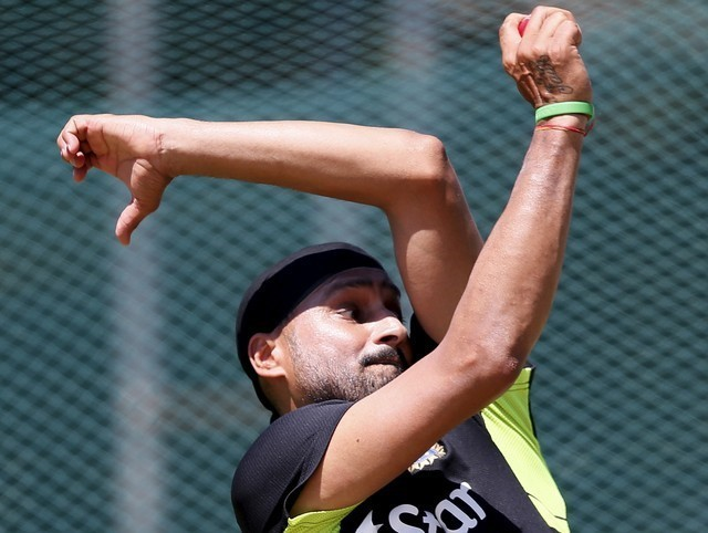 Cricket: Give finger spinner a role at World Cup, says Harbhajan