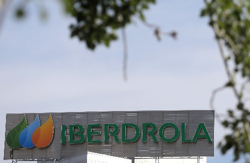 Singapore's Pavilion Energy to pay $130 million for Iberdrola's LNG assets