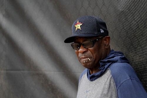 Astros' Baker accepts that no one is moving on from scandal