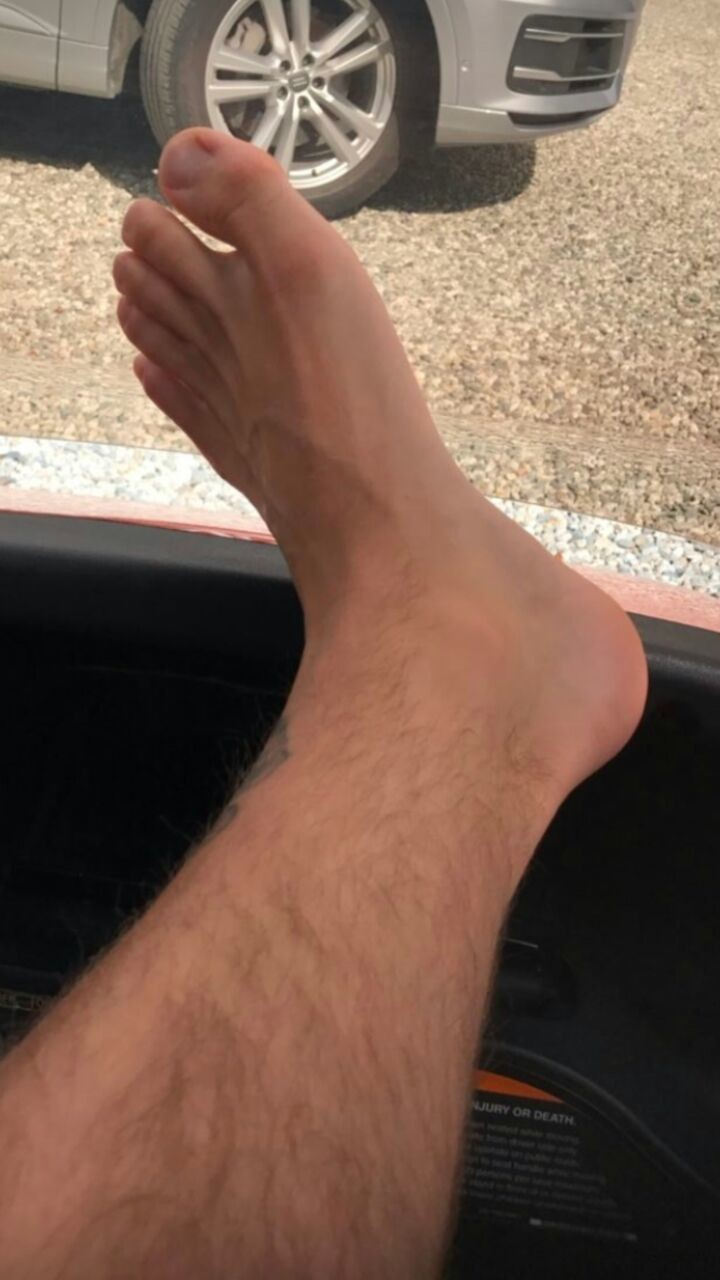 I love this foot, Justin Bieber has sexy feet.