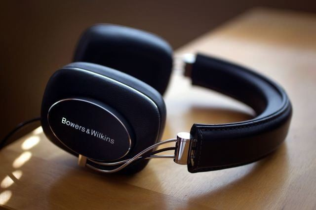 Bowers & Wilkins P7 headphones will dazzle your ears and your eyes