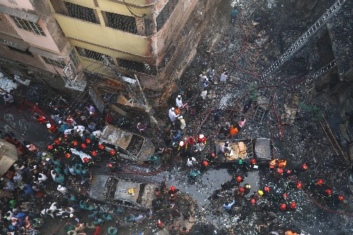 At least 70 killed in major Bangladesh blaze, toll likely to rise
