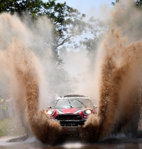 Dakar Rally 2017 Begins: Pictures