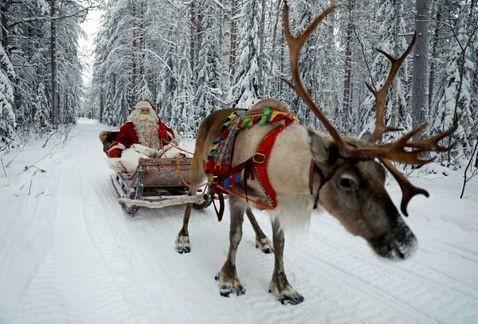 Santa renovó licencia de piloto y ya está listo para volar
