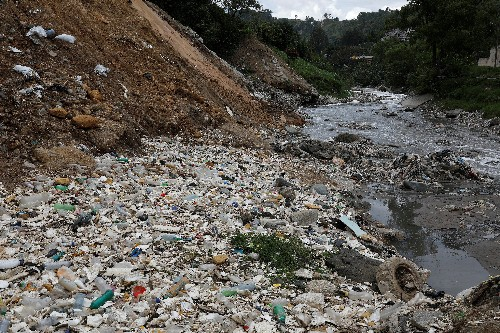 Guatemala bans use of disposable plastic, sets two-year deadline