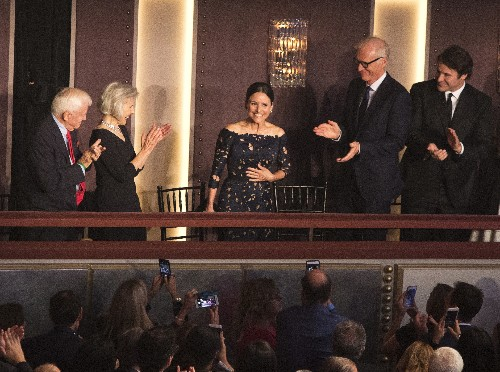 Julia Louis-Dreyfus feted for career achievement in comedy