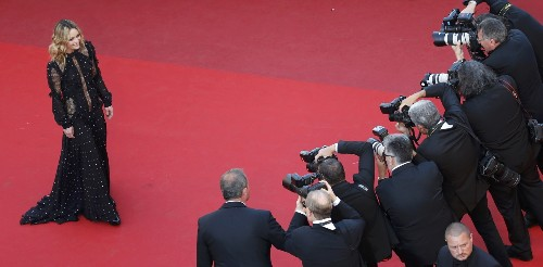 Sunday Afternoon at Cannes: Pictures