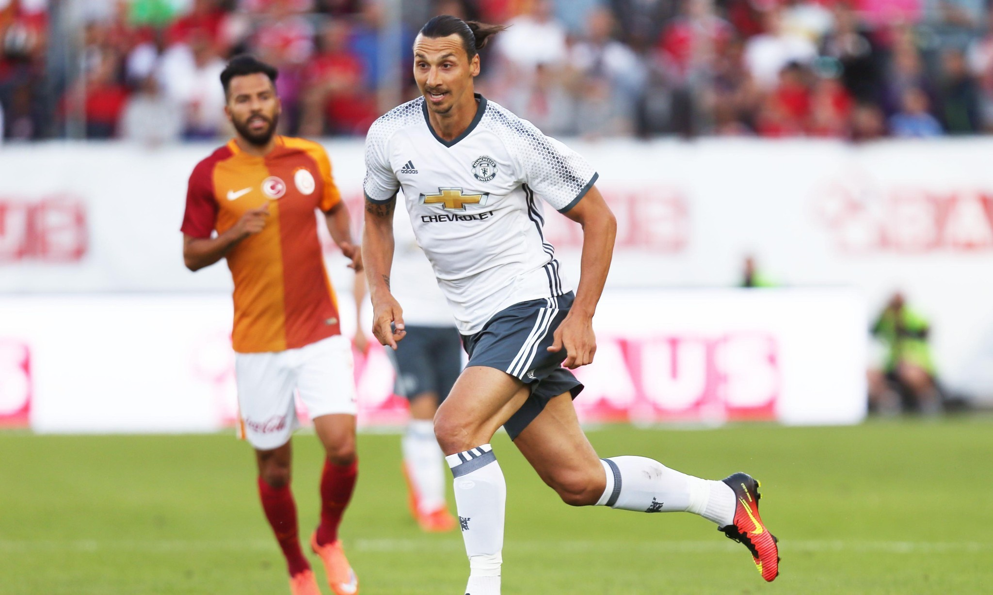 Zlatan Ibrahimovic is integrating well into Manchester United team