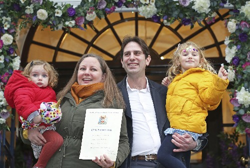 Heterosexual couples form 1st civil partnerships in England