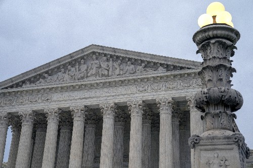 The Latest: Justices seem troubled by Mississippi conviction