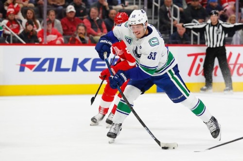 NHL roundup: Horvak hat trick lifts Canucks past Wings