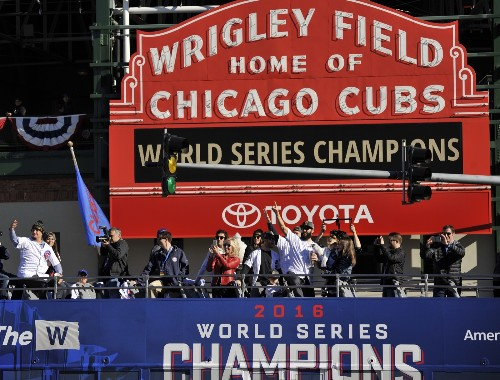 Chicago Throws Parade for the Cubs: Pictures