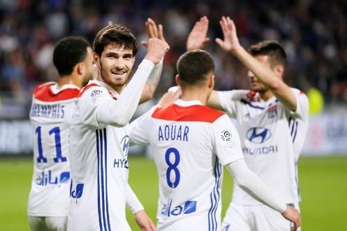 Lyon retrouve le goût du succès, Rennes régulier dans l'inconstance