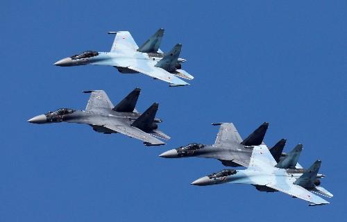 Egypt risks U.S. sanctions over Russian fighter jet deal: U.S. official