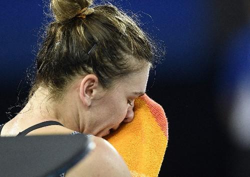 Serena Williams ousts No. 1 Simona Halep at Australian Open