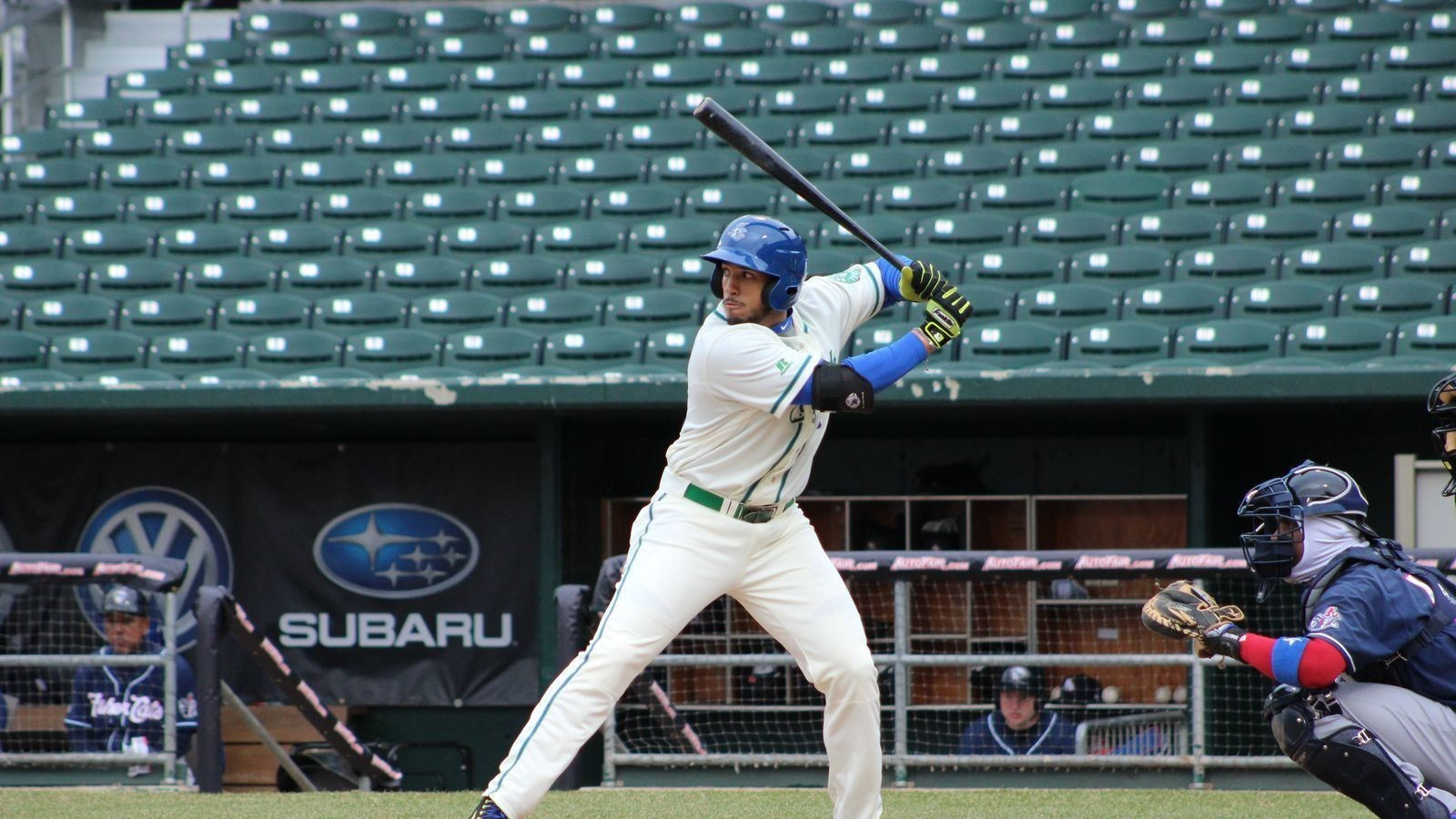 Tuesday Pebble: Dillon Thomas hits four doubles as Yard Goats win sixth in a row