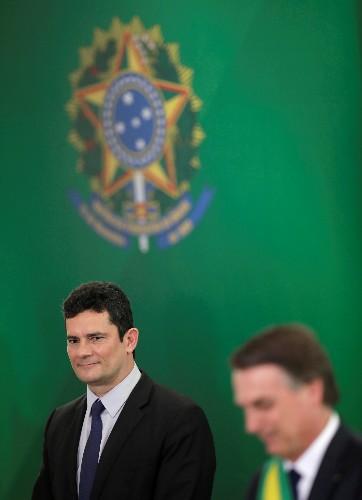 Bolsonaro tem irrestrita confiança em Moro, diz Secom da Presidência ao Jornal Nacional
